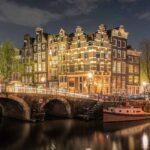 Amsterdam Gece Köprüsü