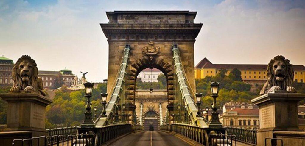 Szechenyi Zincirli Köprü