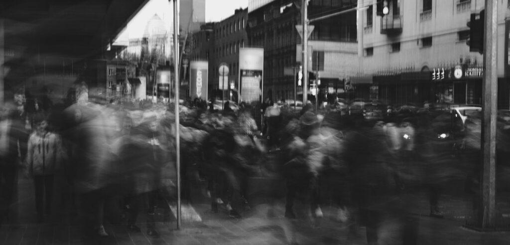 toplum ve amok koşucusu